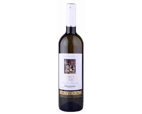 Вино Шардоне Крымская Трапеза  столовое полусладкое белое крепость 10-12%, 0,75 л