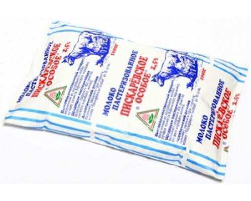 Молоко особое пастеризованное 2,5% ТМ Пискаревское