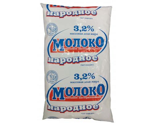 Молоко Народное, пастеризованное 3,2% 0.9л мягкая упаковка