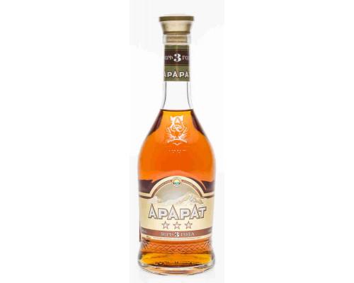 Коньяк  армянский Арарат 3 звезды 0,5л 40%