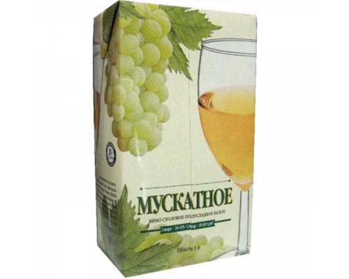 Вино Мускатное ТД Виктория, столовое, белое, полусладкое, 10-12%, 1 л